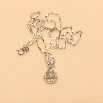 颜石层yesstone 女款天然托帕石水滴形吊坠925纯银镶嵌海蓝宝项链吊坠